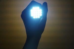 Enamorate de las luces LED seguras, enamorate de nuestras Zapatillas de luces LED