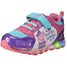 El regalo ideal para cualquier niño: sus propias zapatillas de luces LED